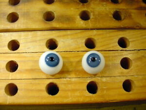 a pair vintage doll glass eyes 17 mm for bisque doll head age 1910  A 4864