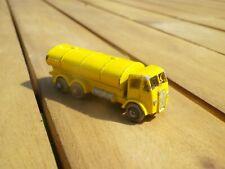 MATCHBOX LESNEY MOKO 11 A ERF TANKER TRUCK JAUNE sans boite, voir photos.