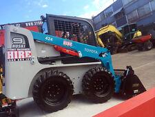 SYDNEY MACHINERY HIRE  BOBCAT SKID STEER LOADER DRY HIRE - 4IN1 BUCKET & TRAILER