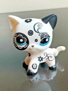 Littlest Pet Shop Cat OOAK LPS Hand Painted White & Black Short Hair Blue Eyes