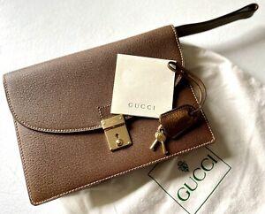 GUCCI Vintage Brown Leather Clutch w/wristlet, Keys & Dust Bag. Mint