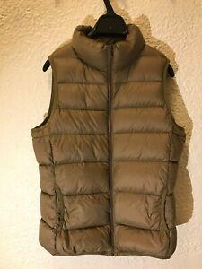 NWT Muji Women's Light French Down Pocketable Vest Sz Medium Dark Beige
