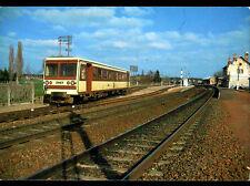 GIEVRES (41) TRAIN AUTORAIL CFD SOCOFER en GARE , Ligne du BLANC à ARGENT