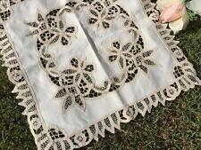 Elegant Beige Flower Hand Batten Lace Table Cloth / Table Topper