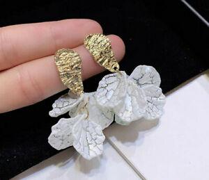 White Shell Crack Flower Petal Drop Earrings White Gold
