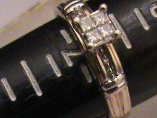 Beautiful 10k Gold Princess Cut Diamonds Ring, 0.24 Carat