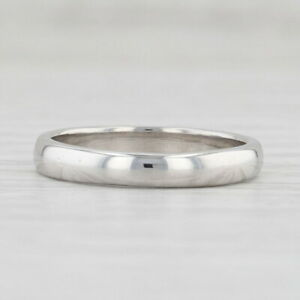 Classic Women's Platinum Wedding Band Size 5.5 Stackable Ring