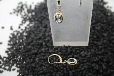 Ohrringe 58 14 kt. Gold Gelgold mit je ienem schönen Blautopas sehr feminin