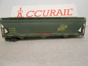 Accurail Chicago & North Western 3 Bay Covered Hopper Car in Box HO #138