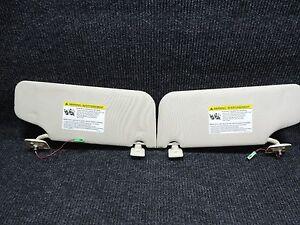 2007-2010 Ford Edge TAN Illuminated Sun Visors Sunvisors Great Shape NON SMOKER