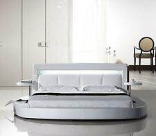 American Eagle B-D029-EK Modern White King Platform Bed