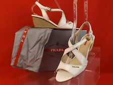 NIB PRADA WHITE PATENT LEATHER GOLD LETTERING JUTE WEDGE SANDALS 41 $590