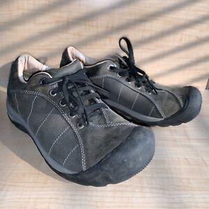 Keen Women Shoe 2 cleats Bike Size US 7.5 Brown Commuter and Hiking shoes