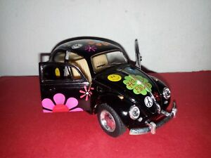 Kinsmart 1:32 Diecast 1967 Volkswagen Classical Beetle Car Model KT5057