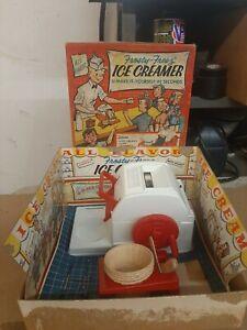 Vintage Hasbro Frosty Freez Ice Cream Maker 5200 incomplete LOOK!!