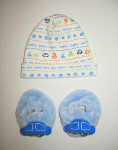 NEWBORN INFANT BABY BOY GERBER TRAFFIC BEANIE CAP HAT BLUE CARS SLIPPERS 0-6 mos