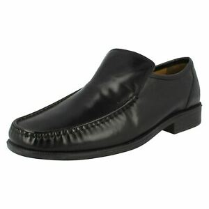 Clarks Hombre Aston Top Hombre Cuero Negro sin Cordones Zapato H Ajuste (Mr. )