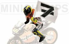 Minichamps 312 030196 Rossi figure & No.7 flag Phillip Island MotoGP 2003 1:12th