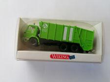 camion di cantiere edile BERLIET GBK 10 in contenitore per rifiuti in metallo