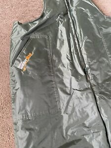 Team Waterline Insulated Fishing Bib and Braces Size Large New - Very Warm Pants