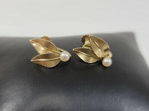 Vtg Krementz Cultured Pearl Leaves Leaf Screw On Earrings Gold Tone Delicate