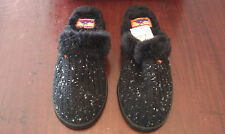 ROCKETDOG KNIT INSULATED BEDROOM SLIPPERS SIZE 6  *NEW* COLOR BLACK W/WHITE