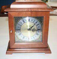 Vintage Versailles Mantel Clock Wood Box Classic Ornamental Face Roman Numerals