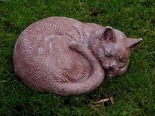 Steinfigur Tierfigur Katze groß terracotta liegend Katzen