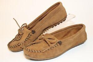 Minnetonka Womens Size 5.5 Kiltie Softsole Leather Moccasin Slippers Shoes 403