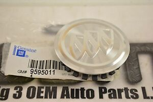 Buick Regal Enclave Lucerne Wheel Center Hub Cap Aluminum new OEM 9595011