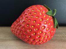 Haus und Garten XL Dekofigur  Erdbeere Vintage 24 cm