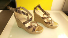 Banana Republic Reptile design Women's Wedge Heels Good Condition size 8