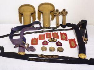 19 anciens accessoires de la marine militaire. Vers 1900.