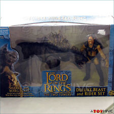 Lord of the Rings Two Towers Sharku and Warg Deluxe Set