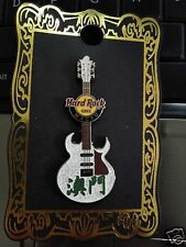 Hard Rock Cafe Macau Chinese Name Guitar Pin