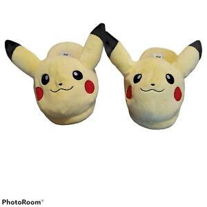 The Original Pokemon Pikachu Slippers Bioworld Mens M Medium Plush catch 'em all