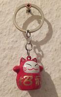 Winkekatze Maneki Neko - Glücksbringer - Schlüsselanhänger als Glöckchen - rot
