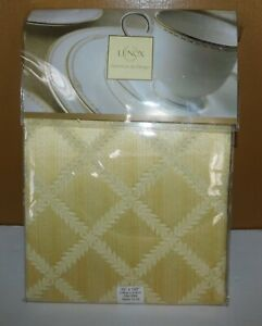 "NEW Lenox Laurel Leaf Gold Fine Table Linen Tablecloth 70"" x 122"" Oblong Wedding"