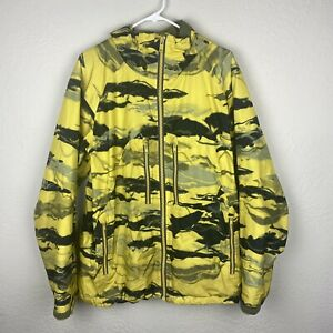Used Burton AK 2L Stagger Goretex Yellow Black Jacket Snowboard Mens Size Medium