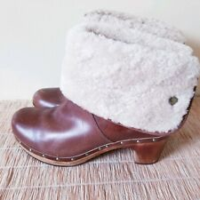 UGG Lynnea Brown Sherpa Pull-On Studded Leather Heel Boots Womens S/N1958 Sz 10