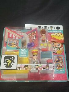 My Mini MixieQ's 'PIZZA PARLOR MINI ROOM' POP + SWAP OUTFITS + HAIR By Mattel