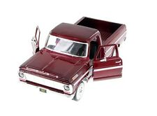 "1:24 Scale Motor Max 1969 Ford F-100 Pickup truck diecast model 8"" Long RED"