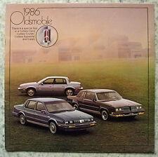 OLDSMOBILE CUTLASS & CALIAS Car RANGE USA LF Car Sales Brochure 1986