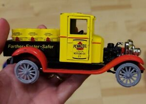 "Pennzoil ~ 1928 Chevy Truck w/Barrels ~ 1:32 Scale ~ New-Ray Toys 5"" see desc"