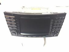 05 06 07 MERCEDES-BENZ E-CLASS RADIO CD NAVIGATION SAT AM FM  A 211 820 23 97