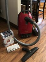 Miele Red Star Vacuum S314