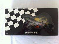 Minichamps 1.12 Scale ORIGINAL 1st Edition V.Rossi Team Nastro Azzuro 500cc 2001