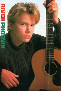 RIVER PHOENIX PINUP CLIPPING CUTTING FROM A MAGAZINE 80'S WITH GUITAR