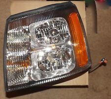 NOS 2003-2006 Cadillac Escalade LH Headlight Assembly # 19208222