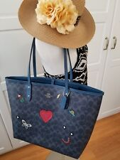 NWT Coach F24592 City Tote in Signature Canvas With Souvenir Embroidery